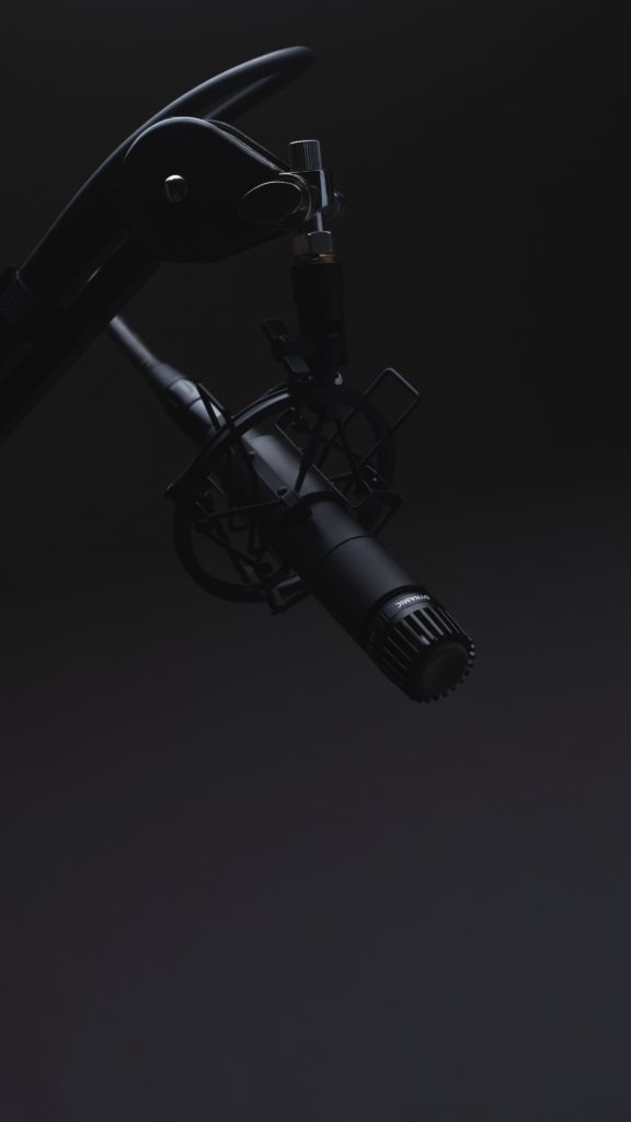different types of microphones and their uses