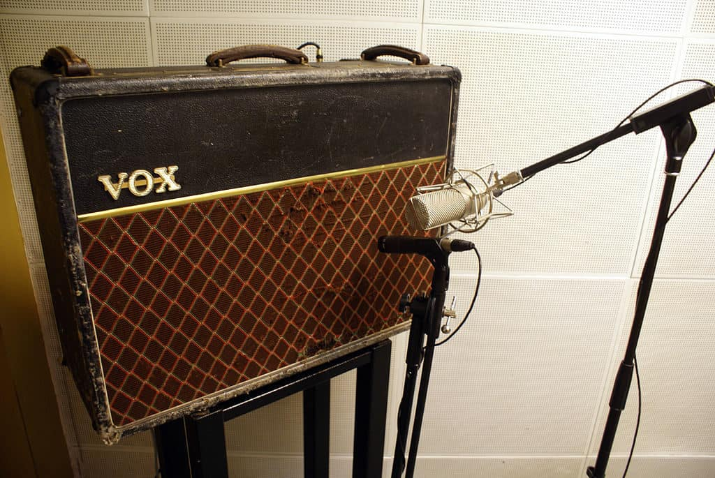 best microphone for recording guitar