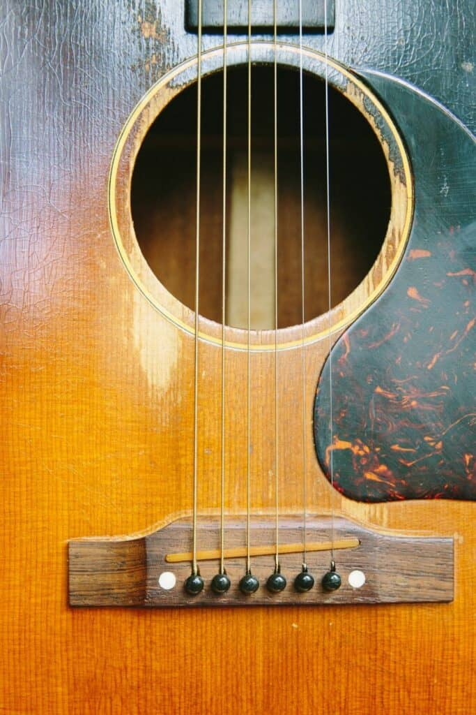 best way to record acoustic guitar at home - measuring your soundhole
