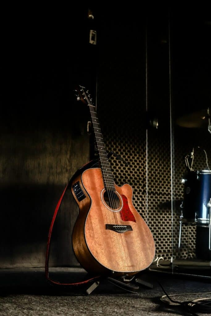 best way to record acoustic guitar at home - recording studio with acoustic guitar