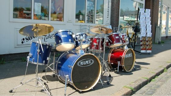 best way to record drums at home - mapex tornado acoustic drum kit