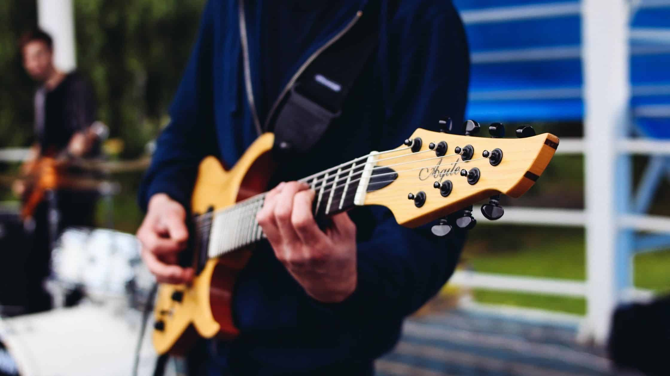how to record electric guitar without noise