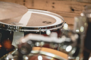 how to record drums on a budget - decibel peak
